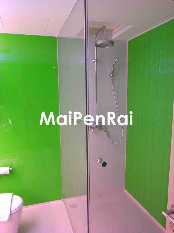 http://blog.maipenrai.info/photo_lib/p2009/heritage_bkk_bathroom2.jpg