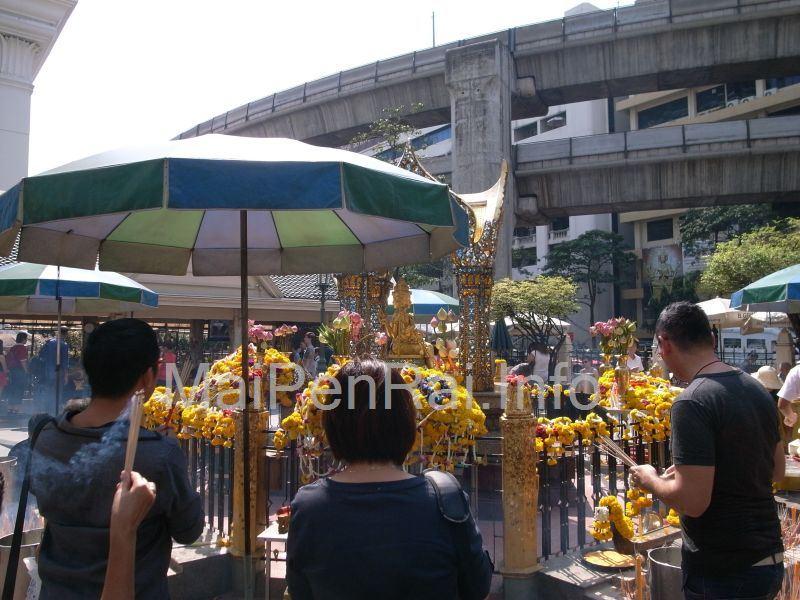 http://blog.maipenrai.info/photo_lib/p2012/erawan-3.jpg