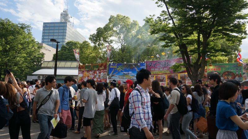 http://blog.maipenrai.info/photo_lib/p2014/thaifest2014-6.jpg